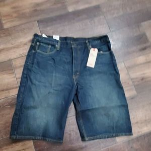 Levi 38 shorts nwt